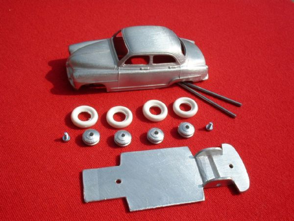 A DINKY TOYS COPY MODEL 24U SIMCA ARONDE TYPE 1 [ IN KIT FORM ]